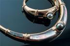 Stunning black pearl jewellery.  Image: Tahiti Tourism